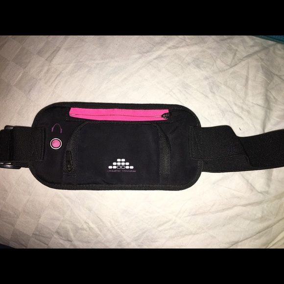 H&M Athletic Fanny Pack